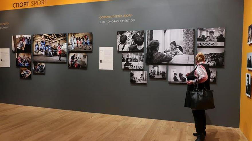 Español gana dos premios de fotoperiodismo en Rusia con trabajos sobre Kenia