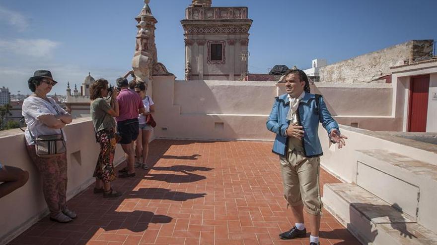 Cuando el mundo giró en torno a Cádiz