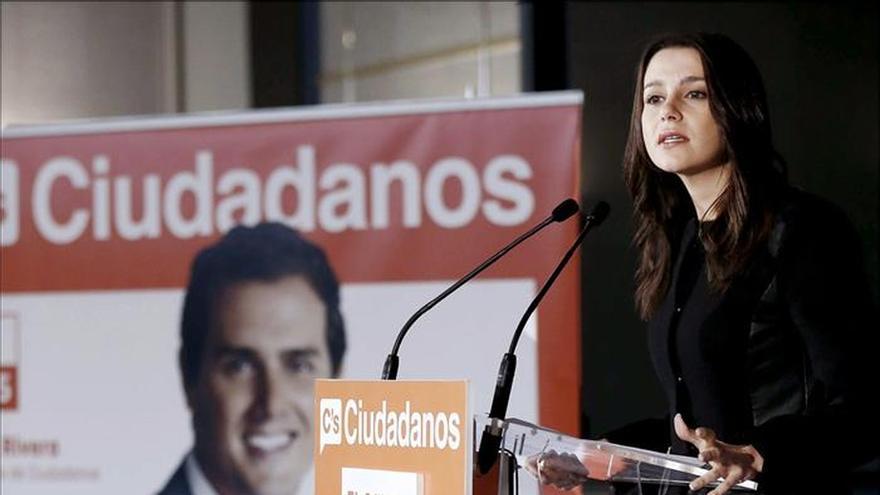 """La diputada Arrimadas dice que Ciudadanos es el partido del """"sentido común"""""""