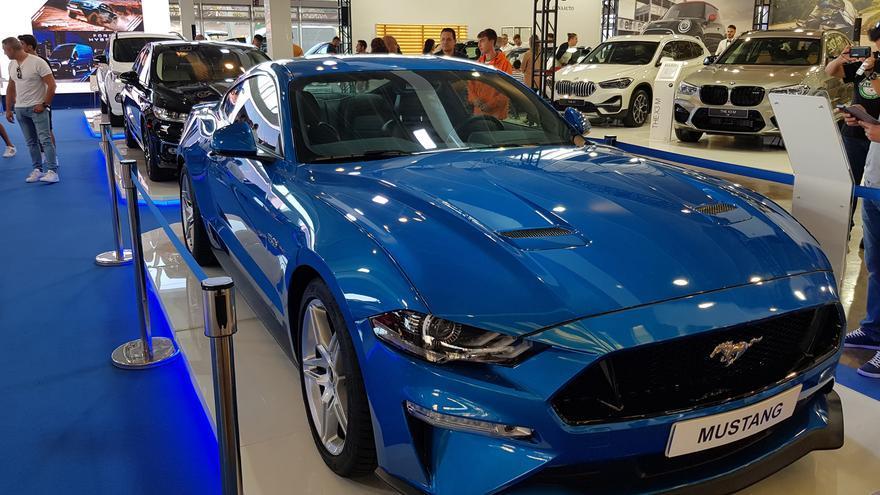 El clásico Mustang que se exhibió en en la feria.