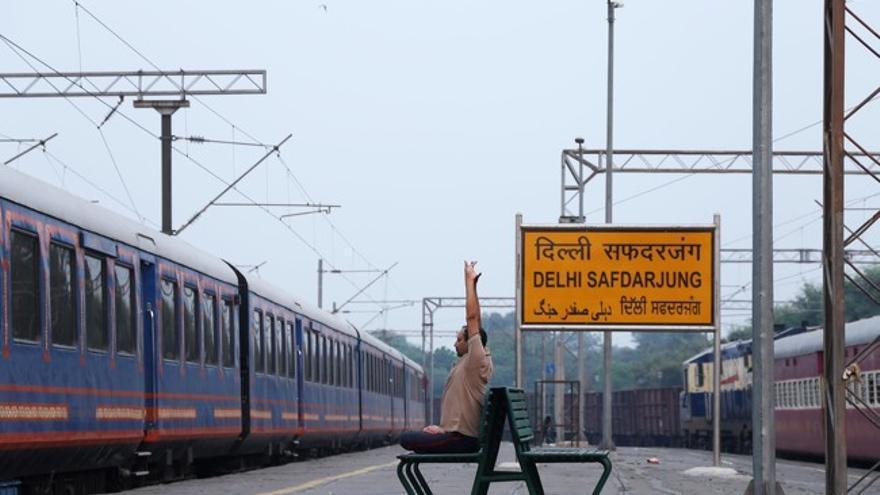 Una estación de ferrocarril en India