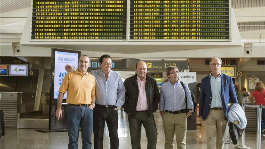 """El PNV pide a Margallo que retire su """"amenaza"""" sobre la autonomía de Cataluña"""