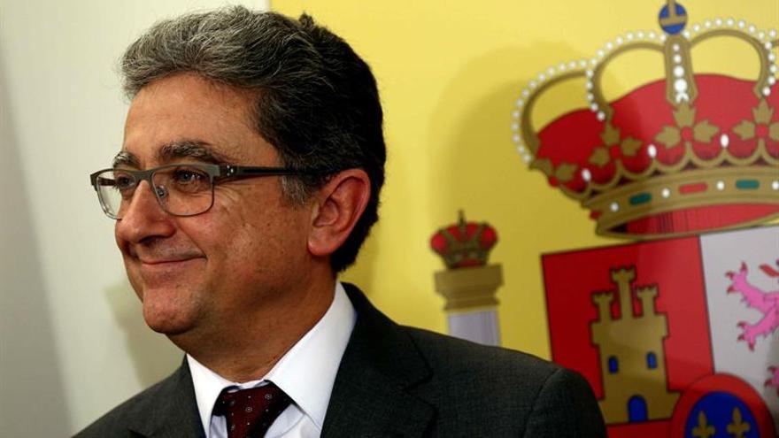 """Millo pide a Puigdemont """"diálogo o diálogo"""" dentro del marco constitucional"""