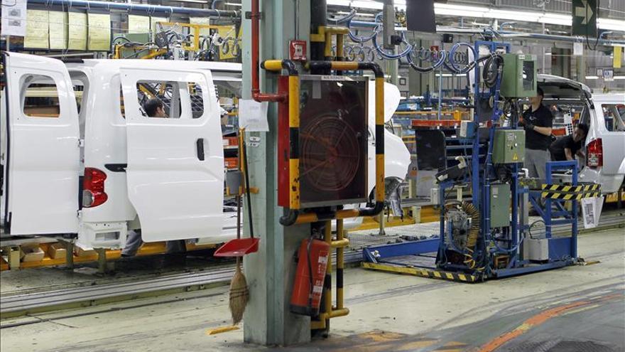 Dirección y sindicatos de Nissan sellan un acuerdo que abre una vía a un nuevo vehículo