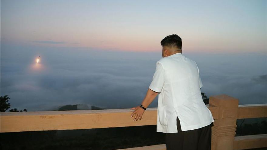 Corea del Norte dispara otros dos proyectiles de corto alcance al mar