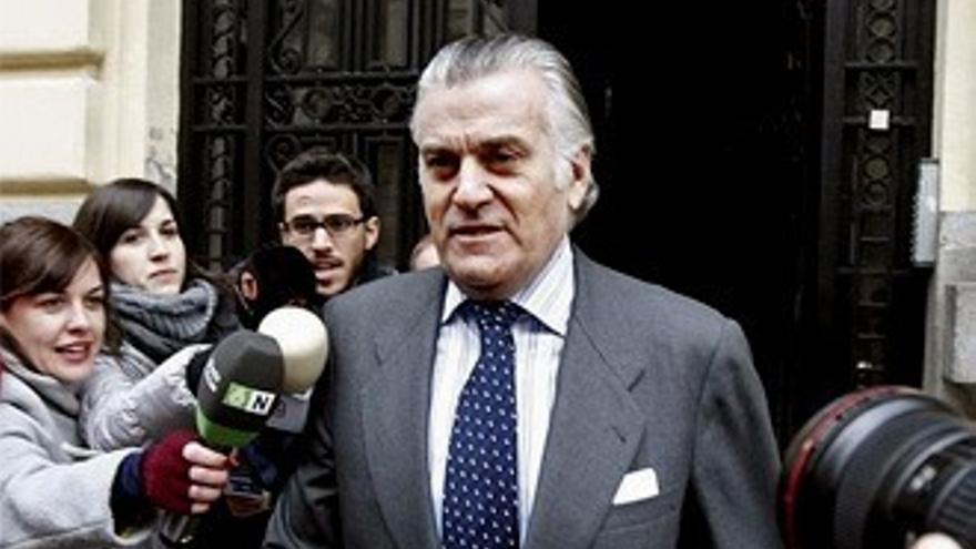 El Telediario esconde la noticia del juicio al PP por la caja B