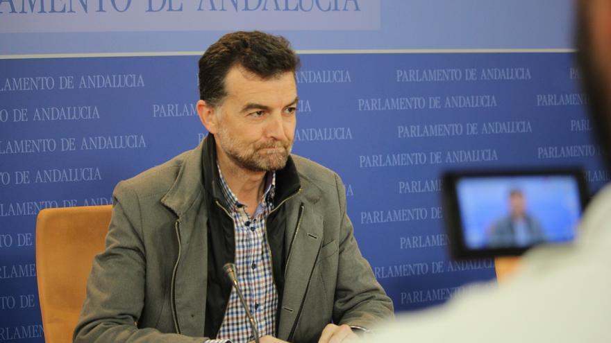 """IULV-CA a Podemos Andalucía: """"No recibimos órdenes de nadie. La soberanía de IU es de toda su militancia"""""""