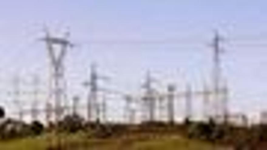 Imagen de torres de electricidad