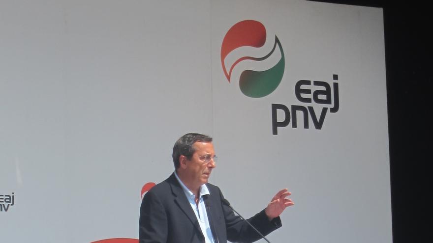 El diputado general de Vizcaya dice que no estará en San Mamés si España juega en Bilbao durante la Eurocopa de 2020