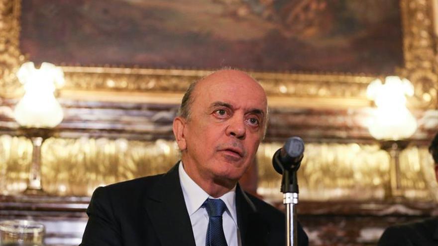 El canciller brasileño se reunirá en París con representantes de EE.UU. y Europa
