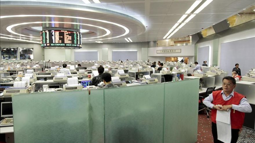 Hong Kong sube un 0,56 por ciento en la apertura de sesión