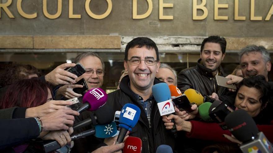 """La gestora del PSOE acusa a Clavijo de """"regalar"""" el voto de CC a Rajoy"""