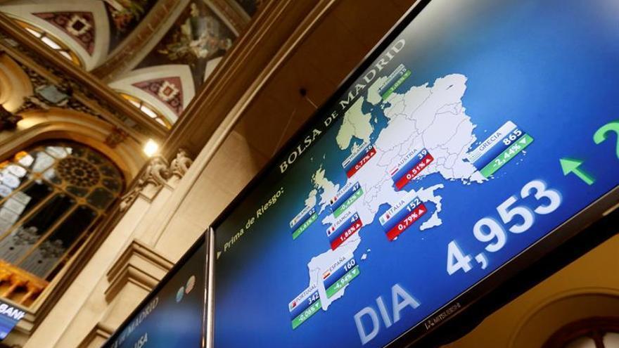 La prima de riesgo española cae a 132 puntos básicospuntos/10003-2981840