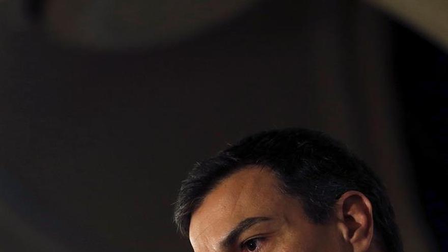 Sánchez: No está sobre la mesa que el PSOE entre en el gobierno de Carmena