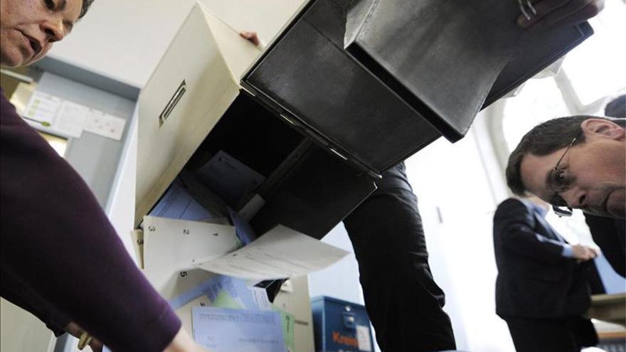 Los helvéticos votan hoy sobre inmigración y política fiscal y monetaria