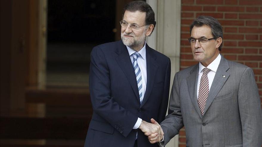 Las citas de Rajoy con Mas y Sánchez jalonan una inusitada semana política
