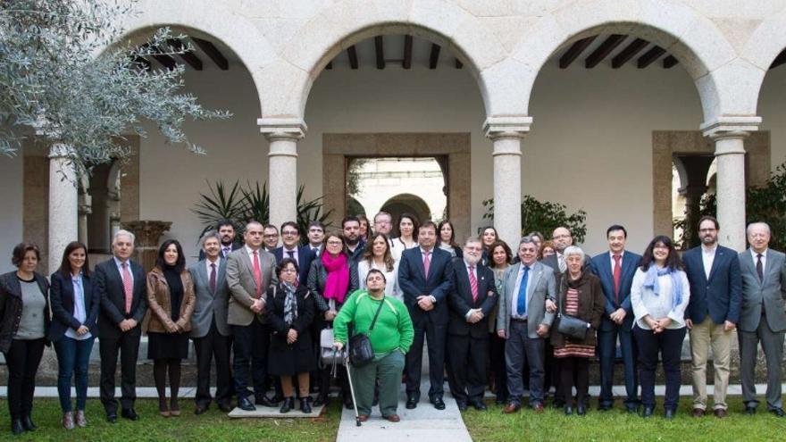 Constituida la Mesa del Diálogo del Tercer Sector de Extremadura