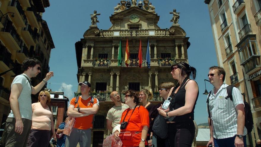 Navarra recibe casi un millón de turistas de enero a agosto de este año, un 4,1% más que en 2016