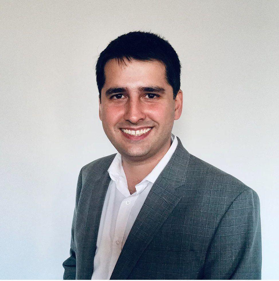 Luis Schenoni