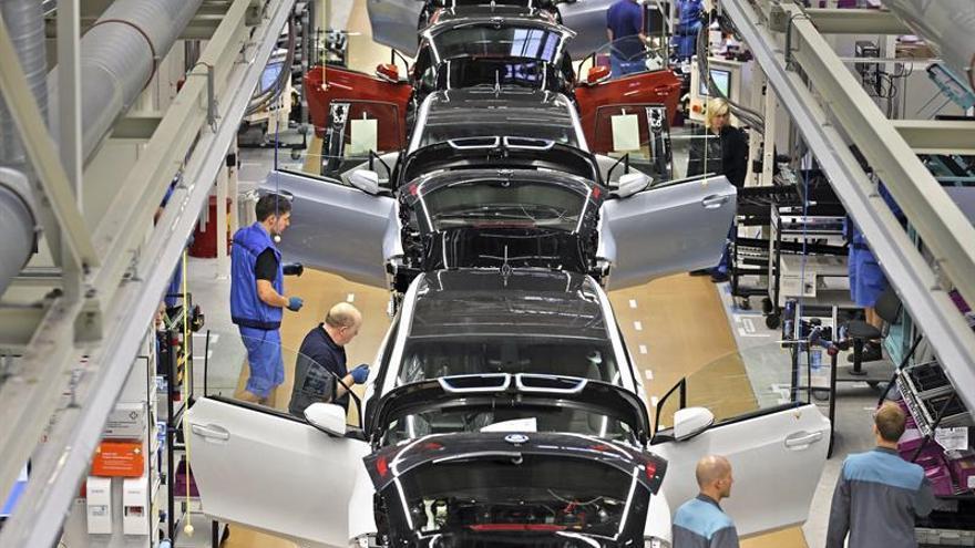Bancos alemanes financiarán la nueva fábrica de BMW en México