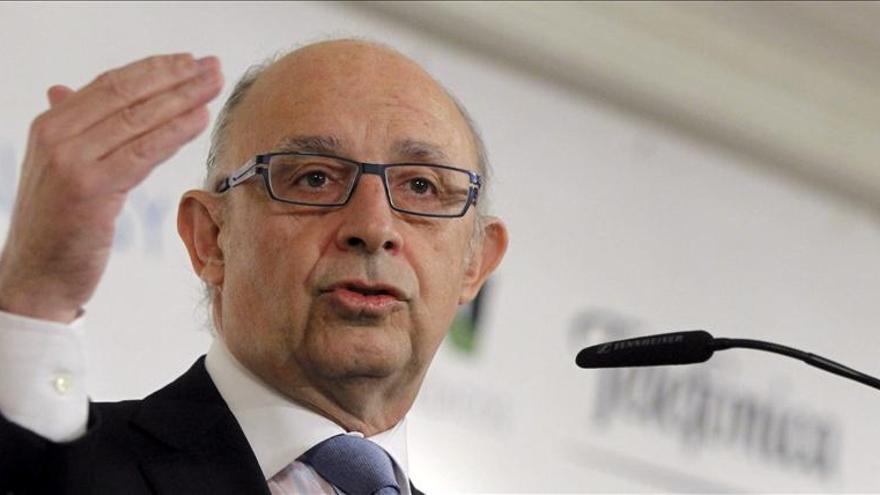 Montoro avanza que el PIB español podría subir más del 0,7 por ciento en 2014