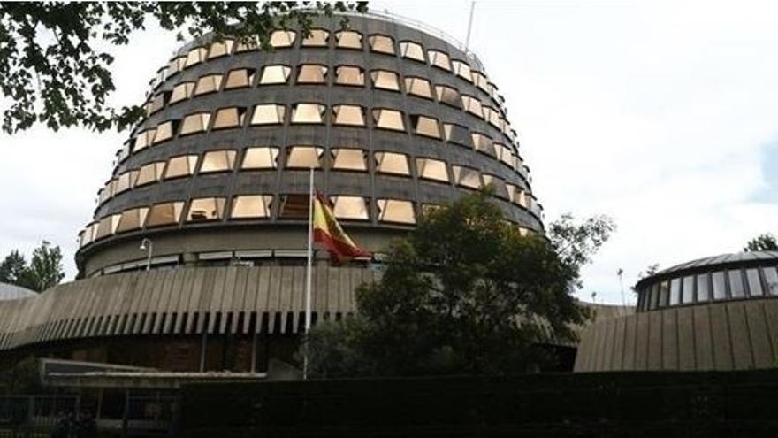 El TC da al Gobierno cinco días de plazo para que se pronuncie sobre la suspensión cautelar de las 35 horas en Andalucía
