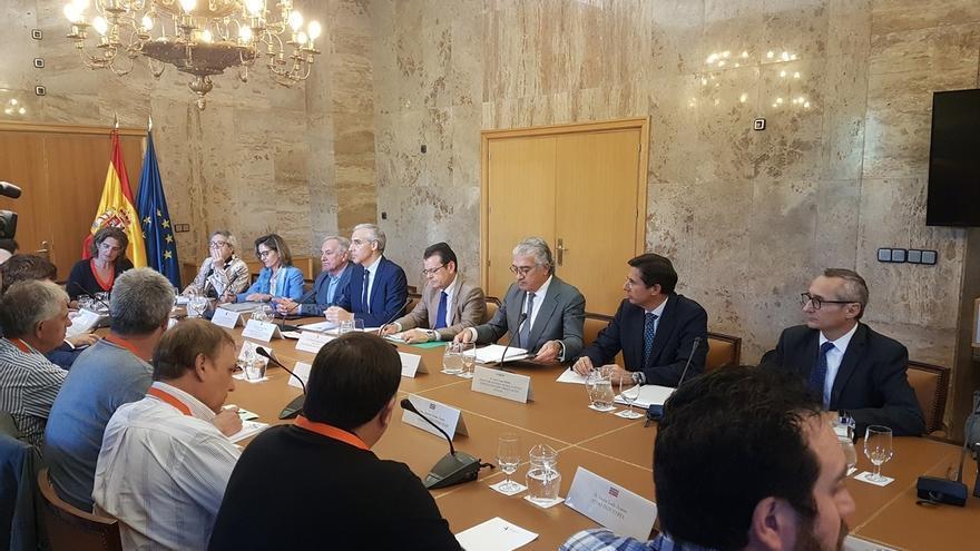 La Xunta echa en falta medidas concretas del Gobierno para evitar el cierre de la planta de Endesa As Pontes