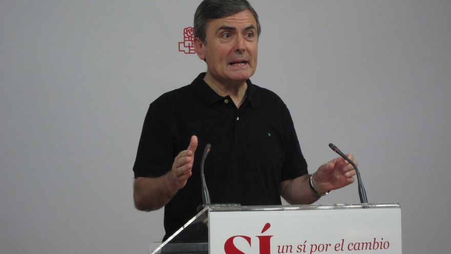 """Saura (PSOE) critica el """"hachazo"""" de Rajoy a la hucha de las pensiones y dice que no habrá fondo más allá de 2017"""