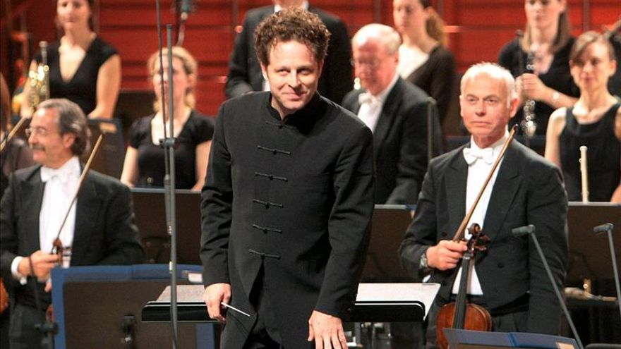 """Axelrod, nuevo director de la Sinfónica de Sevilla, dice que no existen """"sin el público"""""""