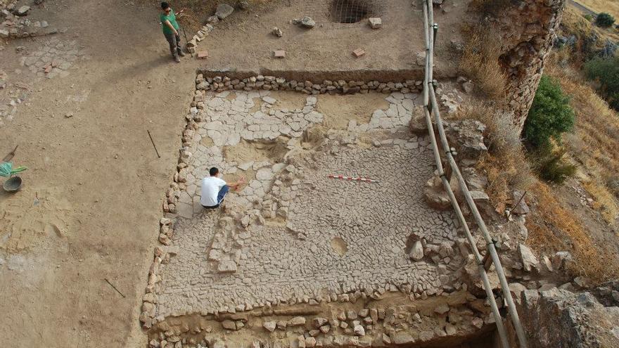 Excavaciones arqueológicas en Capilla / Ayuntamiento