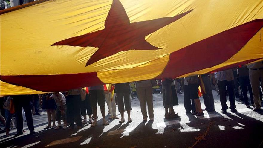 El 55 por ciento de los catalanes votaría por la independencia, según un sondeo de la Generalitat