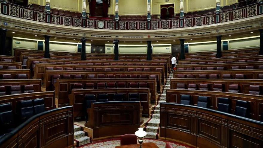 Cambio de escenario en el Congreso para dar paso a la economía y a Cataluña