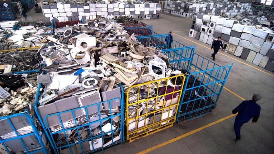 España alcanza las 230.000 toneladas de aparatos electrónicos reciclados