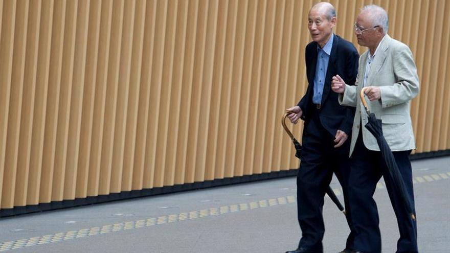 Japón bate su récord de ciudadanos centenarios con más de 65.000