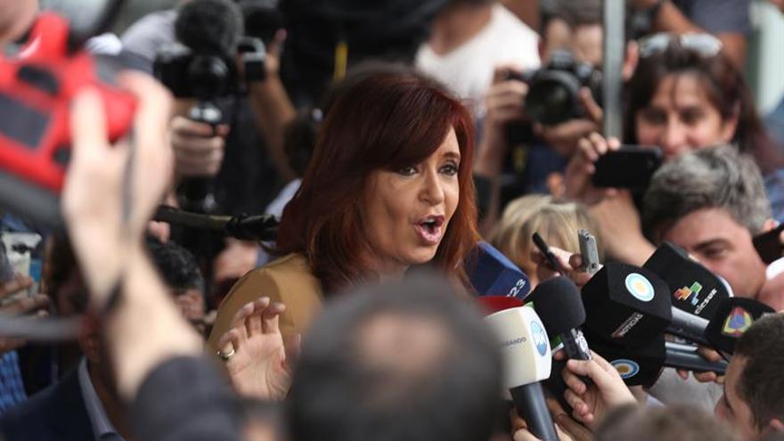 Cristina Fernández acusa al Gobierno de Macri de ataques a casa de su cuñada