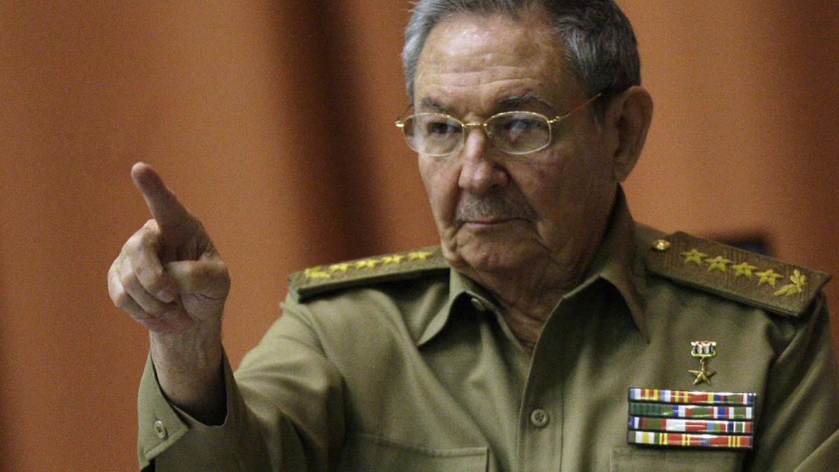 En la imagen, Raúl Castro.