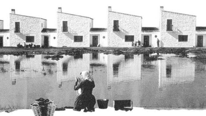 Detalle de uno de los carteles del X congreso de Documentación y Conservación del Movimiento Moderno, celebrado en Badajoz