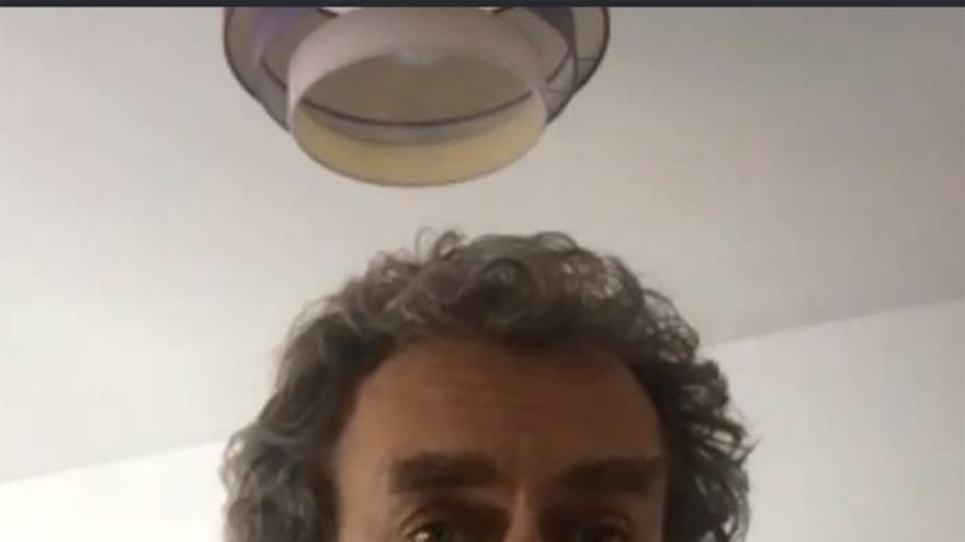 Captura de la señal institucional del Palacio de la Moncloa, de la intervención por videoconferencia del director del Centro de Coordinación de Alertas y Emergencias Sanitarias, Fernando Simón.