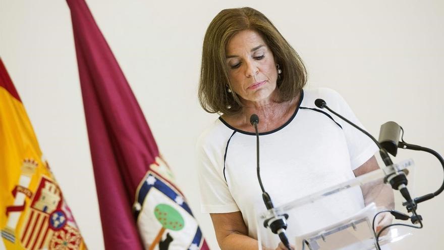 La exalcaldesa de Madrid, Ana Botella, en la rueda de prensa en la que anunció que no se presentaba a la reelección.