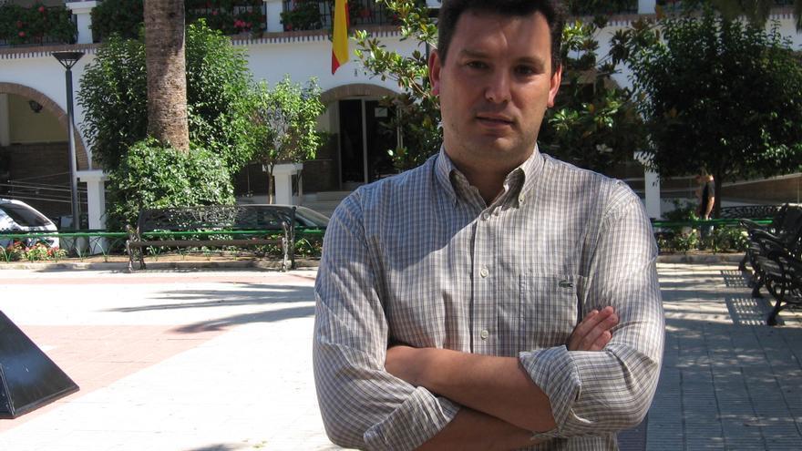 Alberto Santana ha sido uno de los dos concejales del PP que ha votado a favor de la moción