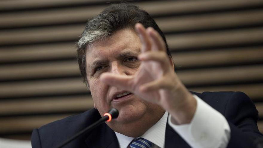 """Alan García considera """"indignante"""" la entrega de sobornos por Odebrecht"""