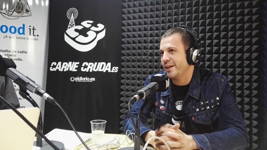 Esteban de Toundra en Carne Cruda