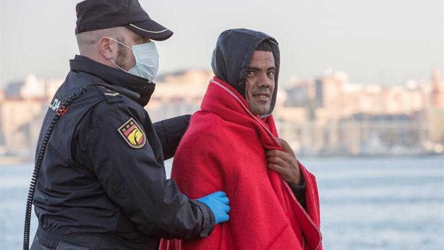 El TSJ de Murcia habilita un dispositivo especial para la declaración de los 500 inmigrantes