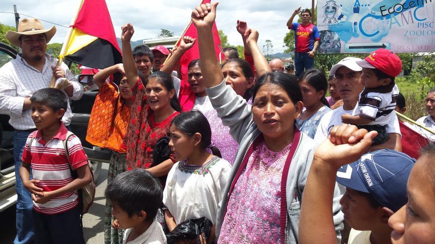 Entrega de tierras a 110 familas guatemaltecas/Setem