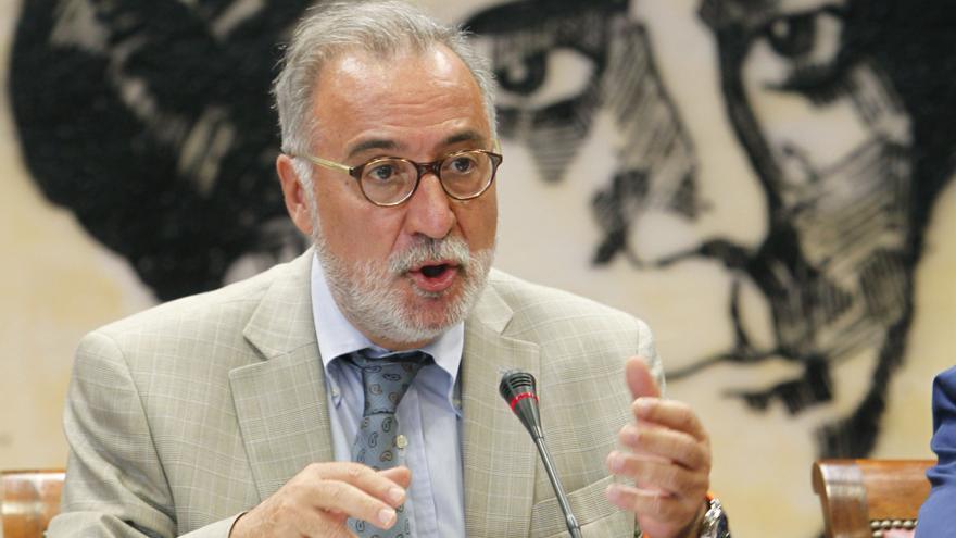 El exdirector de la DGT, Pere Navarro, durante una comparecencia en el Senado, en 2010.