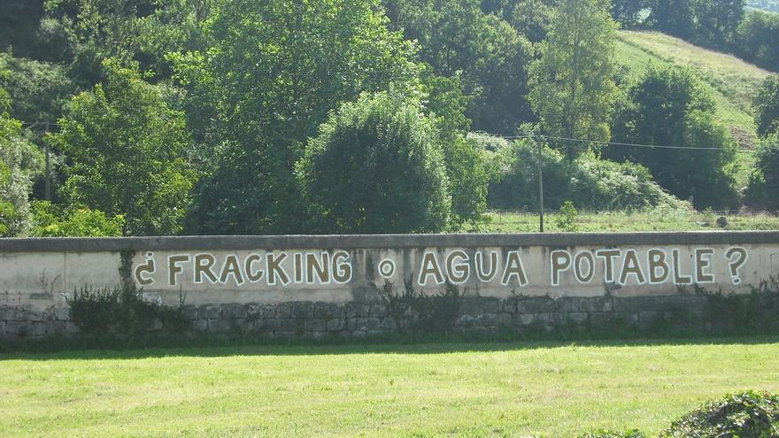 Asamblea contra el Fracking inicia una campaña para que el Gobierno reconozca la caducidad del permiso Luena
