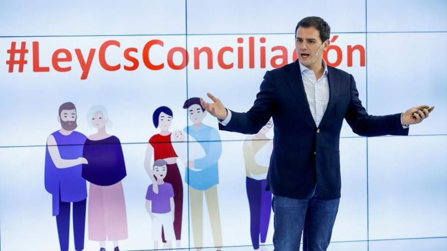 Cs propone ofrecer clases de inglés en julio para favorecer la conciliación