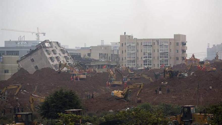Al menos ocho muertos y 33 desaparecidos en corrimiento de tierras en China