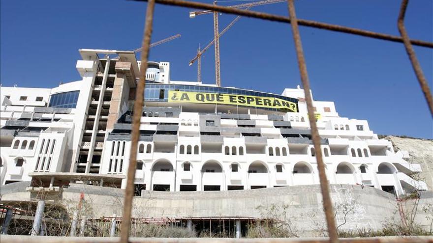 Greenpeace dice que la empresa sabía que el hotel El Algarrobico incumplía la ley