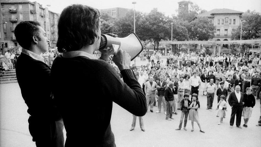 Asamblea en Sestao durante la Transición / FOTO: Mikel Alonso
